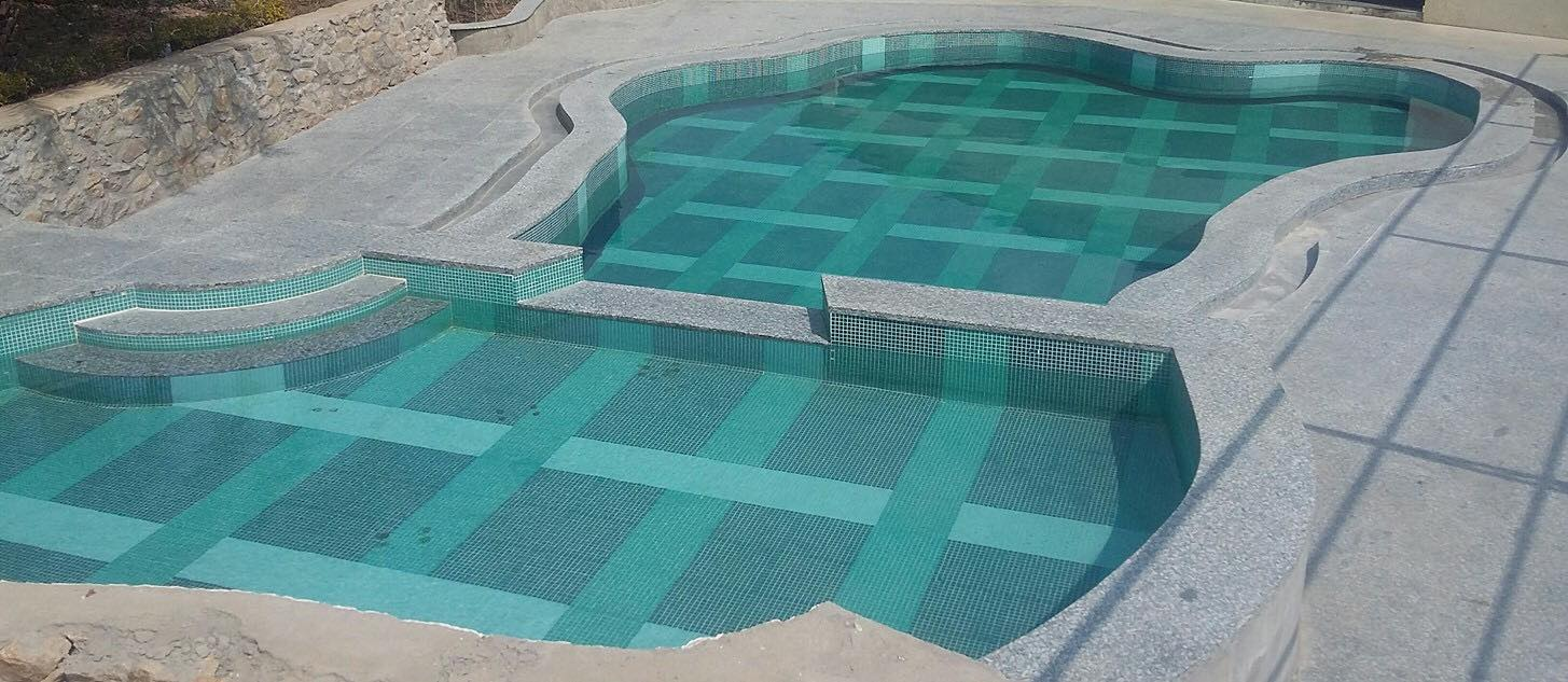 Swimming Pool- Hummingbird Resort