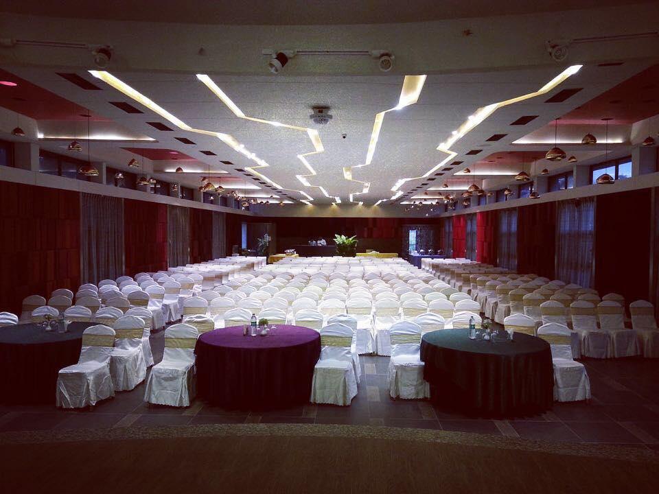Bulbul Hall- Hummingbird Resort