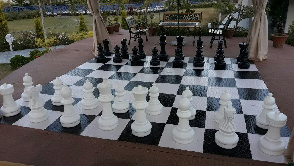 Open Chess Board- Hummingbird Resort