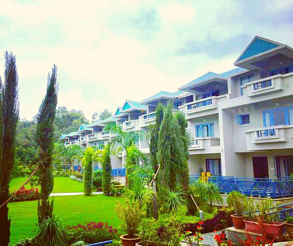 Resort Park- Hummingbird Resort