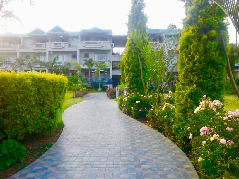 Resorts Valley- Hummingbird Resort